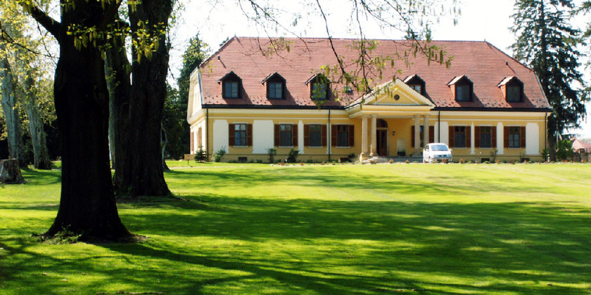 European Lakes Golf & County Club