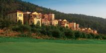 Spring City Golf & Lake Resort Villas, Apartments.
